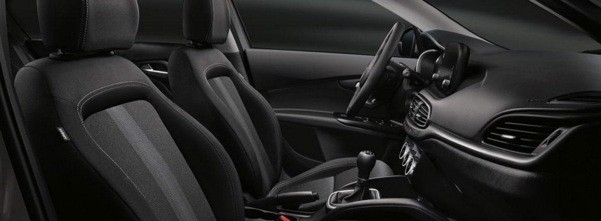 Vista detalle del habitáculo delantero del nuevo Fiat Tipo