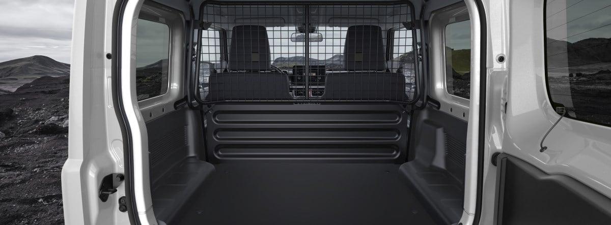 Maletero abierto del nuevo Suzuki Jimny