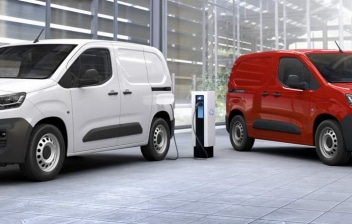 Dos Citroen e-Berlingo Van