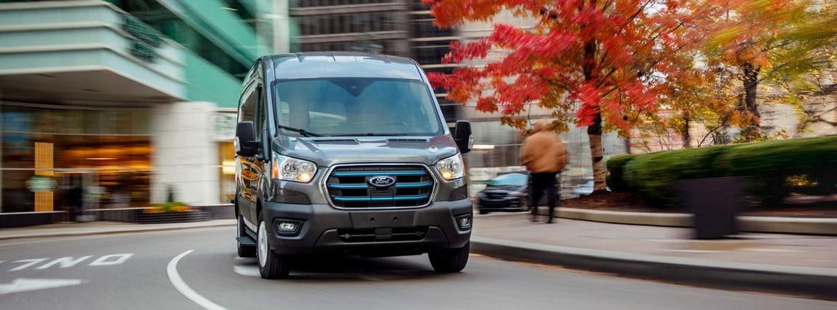 Ford e-Transit en ciudad