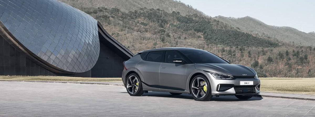 Kia EV6 GT gris plata