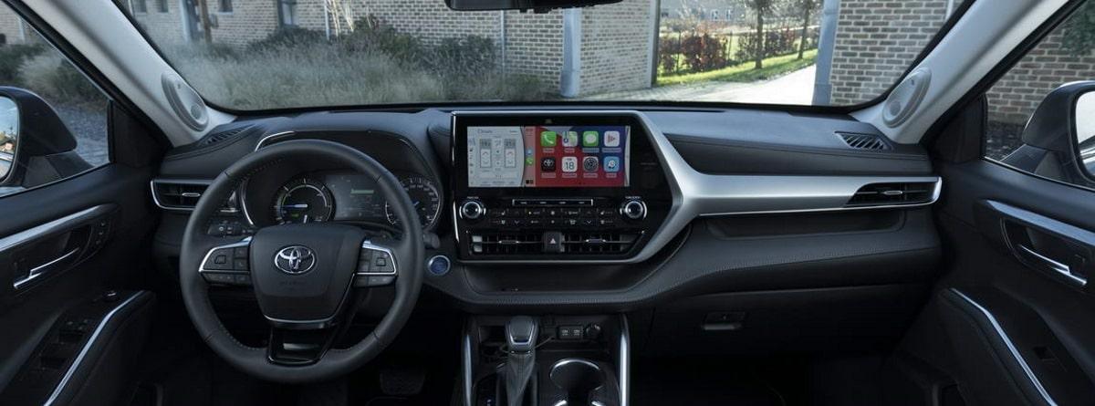 Toyota Highlander volante y mandos
