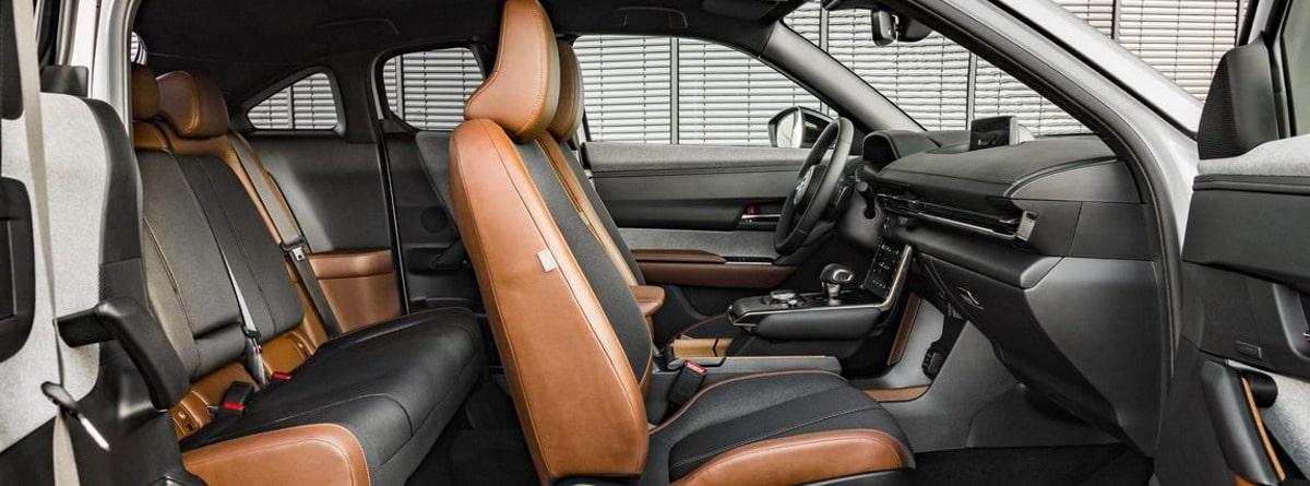 Mazda MX-30 interior y asientos