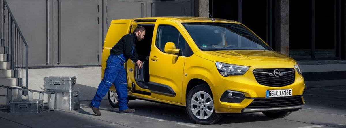 Opel Combo-e Cargo en carga