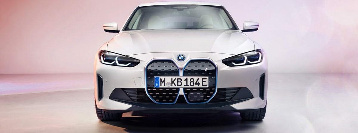 BMW i4, imagen frontal