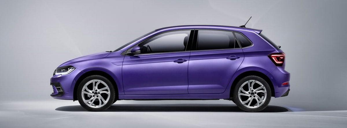 lateral de coche morado Volkswagen Polo 2021