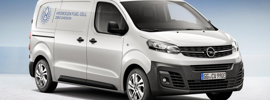 furgoneta blanca Opel Vivaro-e Hydrogen