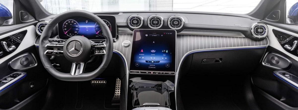 Acabados interior coche clase c 2021