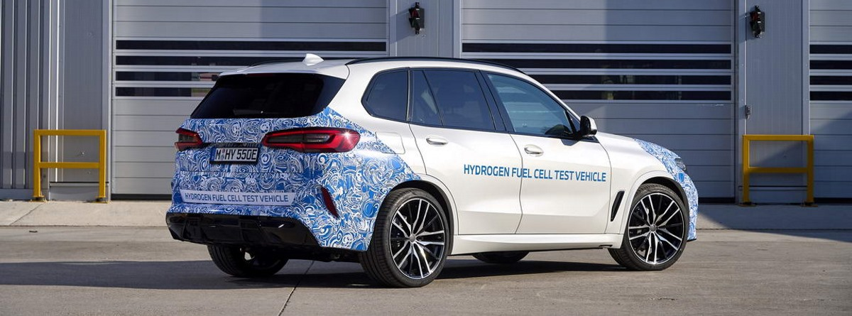 Parte trasera y lateral del nuevo modelo BMW i Hydrogen Next
