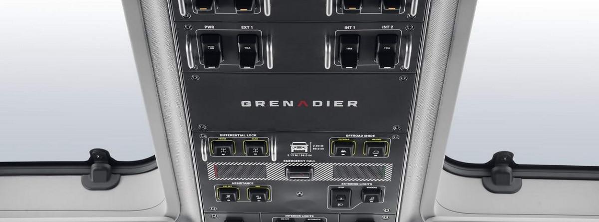 Interruptores en el techo del nuevo 4x4 Ineos Grenadier